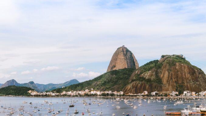 Bjerge i baggrunden brazilien